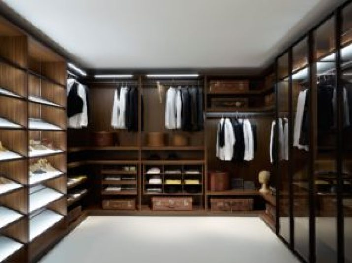 small walk in closet layout ideas