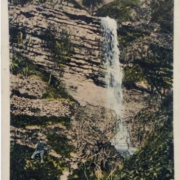 מפל המים בעמק התכלת, גלויה מ1920, מבלוג הפייסבוק Zefat Photos