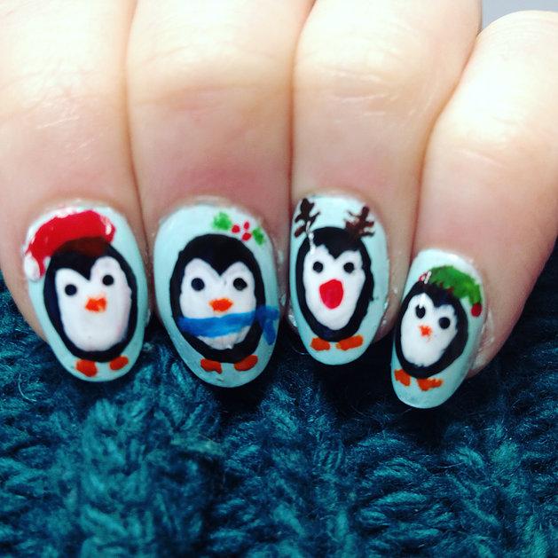 festive nails.jpg