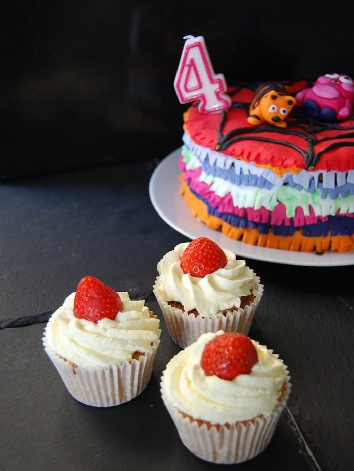 Pinata cake and cupcakes