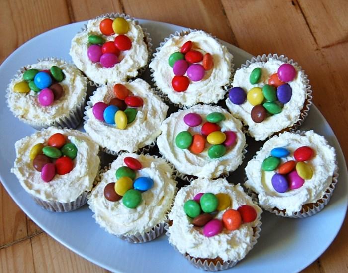 Pinata cupcakes 1