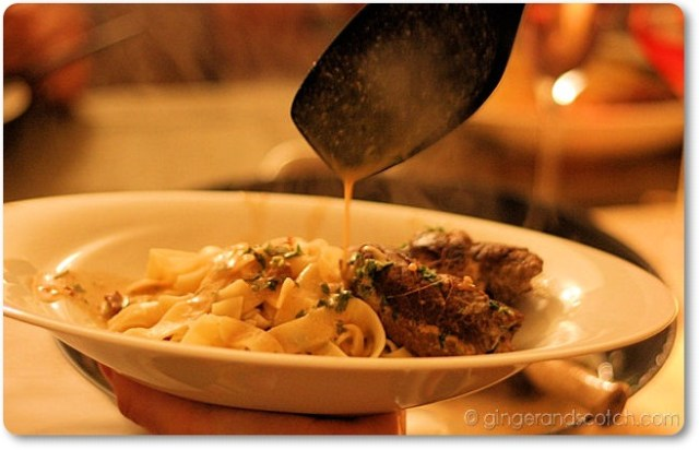 oxrulader with tagliatelle