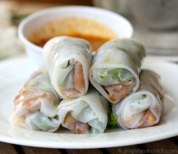 Banh cuon thit nuong