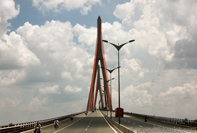 Mekong - Can Tho bridge