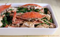 Chinese Stir Fry Crabs with Ginger and Scallions