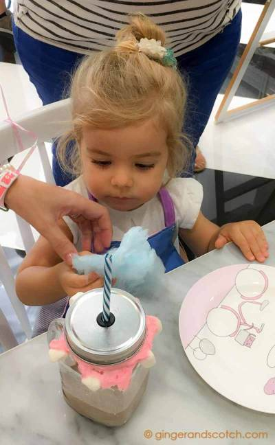 Crazy Shake Workshop at Ella's Creamery in Dubai Parks and Resorts