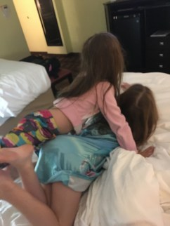 girls-in-bed