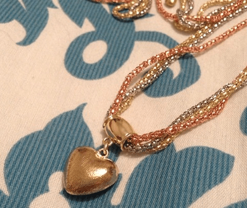gravitynecklace