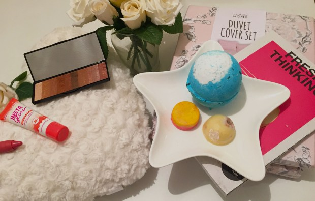 intu-potteries-valentines-day-blogger-event-all