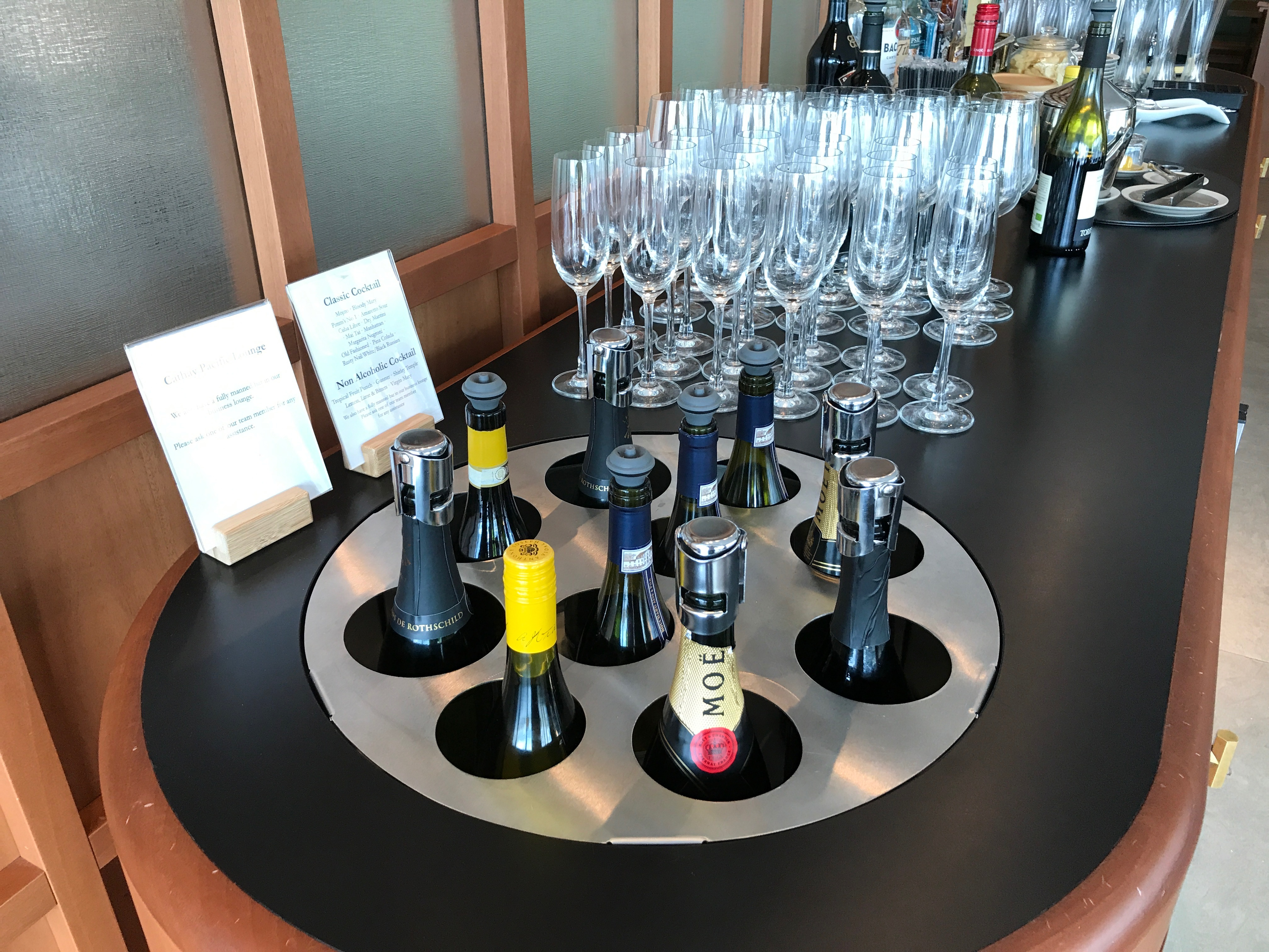 wine chiller in the cathay pacific lounge