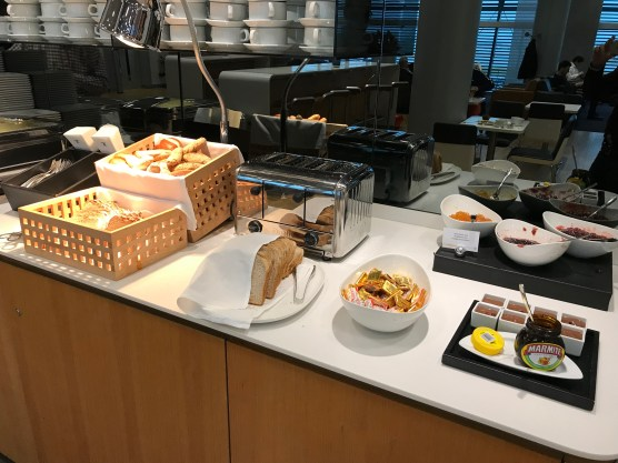 Lufthansa Business Class lounge breakfast bread