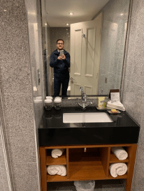 Hilton Doubletree Liverpool sink and mirror