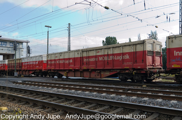 Sggmrrss-y 31 81 4932 318-6 carrying Rail Cargo Austria (Mobile Logistic containers) passes Köln Gremburg Yard, Germany on the 10th of October 2013