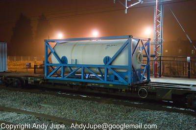 Container ABSU 500106-5 at Rugby in the consist of 4M92 on the 02nd March 2012