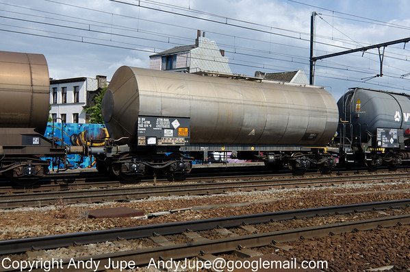 French registered Zacens 33 87 7932 074-0 passes through Antwerp Berchum in Belgium on the 29th of July 2013