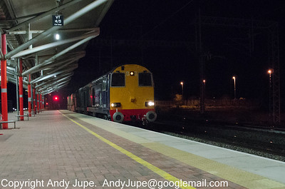 20312 & 20303 pass through Rugby on the 10th April 2012 with 6K51 21:53 Willesden Brent Yard to Crewe Nuclear Flask Train