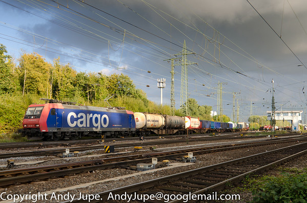 Bombardier TRAXX F140 AC1 number 482 001-5 heads north through Köln Gremburg Yard, Germany on the 10th of October 2013.