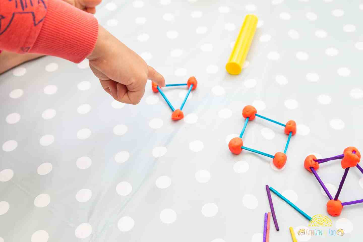 Making Matchstick Shapes. A fun maths activity from GinGin & Roo #toddleractivity #toddlereducation #toddlerlearn