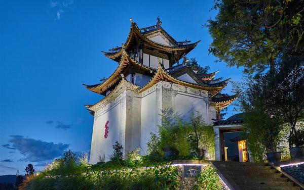 shaxi-hotels-old-theatre-inn-yunnan-china