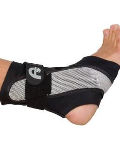 Tornozaleira Aircast A60, tratamentos, entorses, prevenção, lesões, tornozelo, prática esportiva, futebol, suporte profilático, proteção, conforto, aplicação simplificada, estabilizador moldado, ângulo de 60 graus, proteger contra entorses de tornozelo,