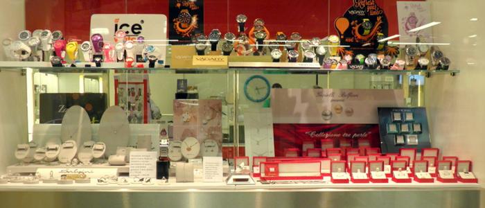 Una vasta gamma di prodotti di orologeria