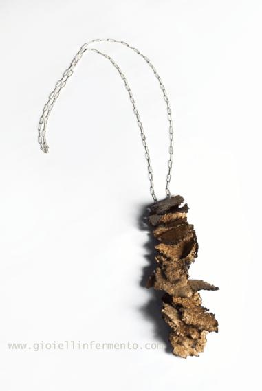 Patricia Gallucci Pendente in sughero Cork pendant (Il pezzo è bloccato in dogana italiana per accertamenti - the piece is still by the Italian custom for clearence delay)