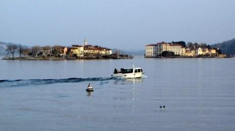 Isola dei pescatori (SX) Isola Bella (DX)