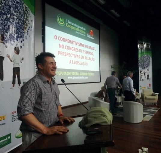 Sempre presente: I Fórum Regional de Cooperativismo, em Santa Cruz do Sul