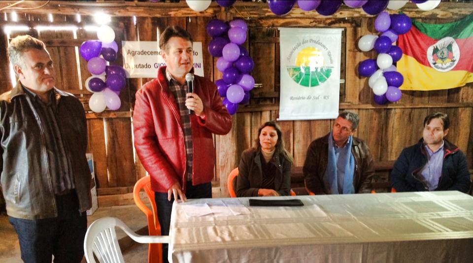 Giovani Cherini entrega emenda parlamentar em Rosário do Sul