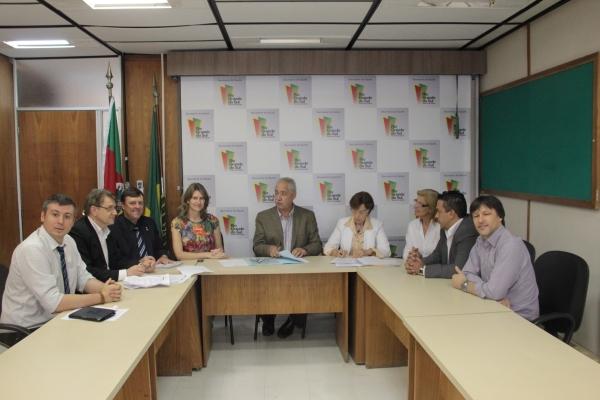 Audiência na Secretaria Estadual de Saúde garante mais recursos para o Hospital Frei Clemente de Soledade
