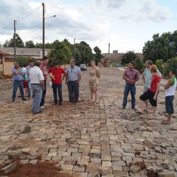 obras pavimentação ruas Artur Simões e Rodolfo Frantz Tunas (4)