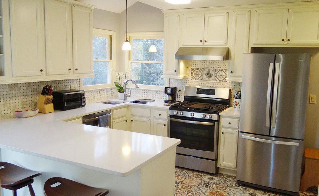 vintage kitchen design white cabinets