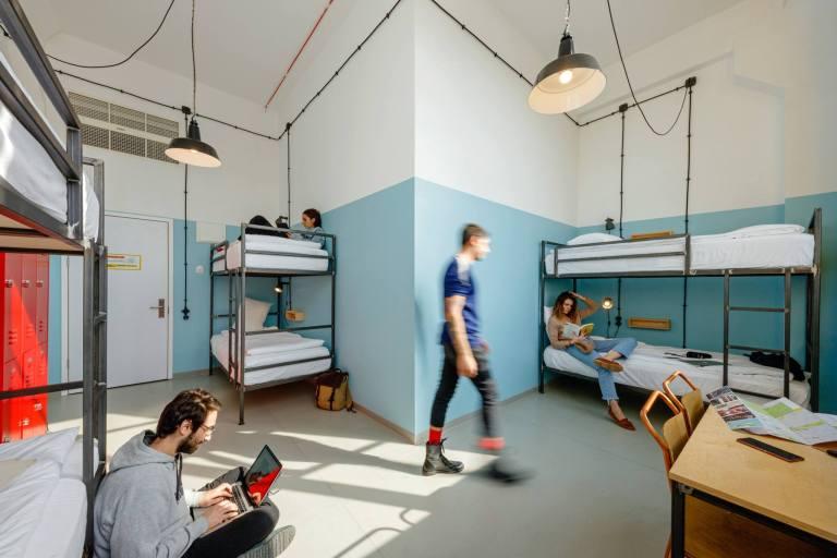 stanza Fabrika Hostel