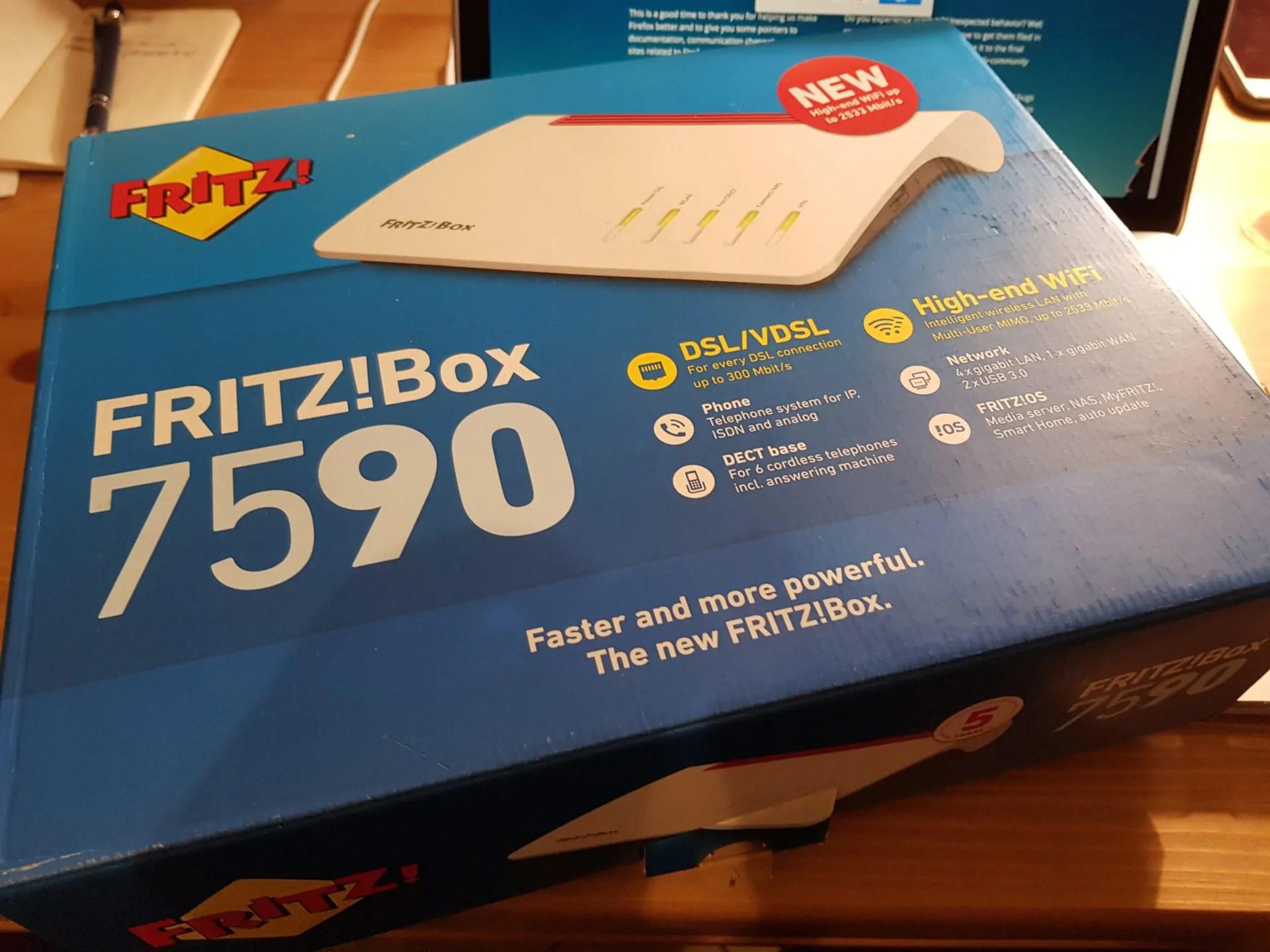 AVM FRITZ!Box 7590: addio al passato 1