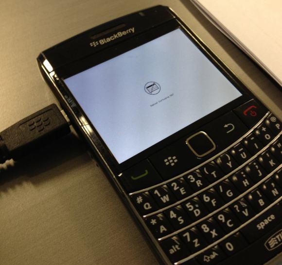 BlackBerry Bold 9700: Nessun OS a bordo