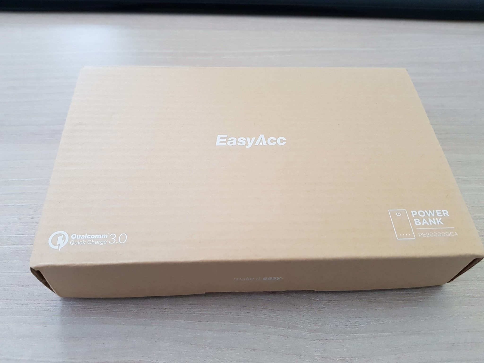 EasyAcc 20000mAh Power Bank con Quick Charge 3.0 1