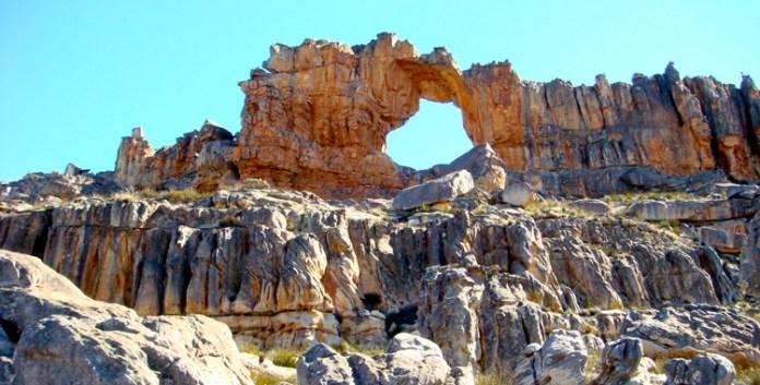 Wandern in den Zederbergen: Wolfberg Arch
