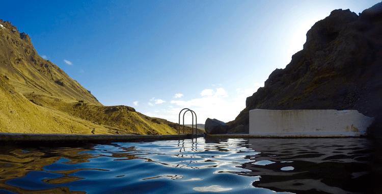 Island: Fünf heiße Quellen zum Davonschweben