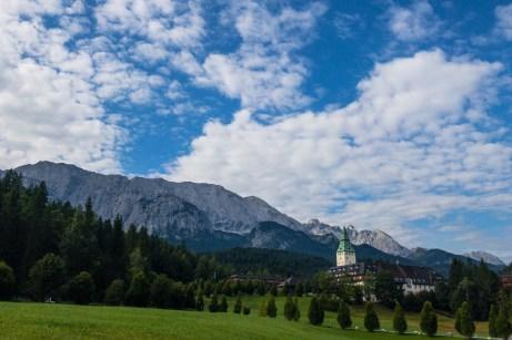 Start am Schloss Ellmau ©Gipfelfieber