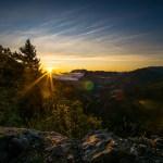 Die Sonne kommt hinter dem Zahmen Kaiser hervor ©Gipfelfieber