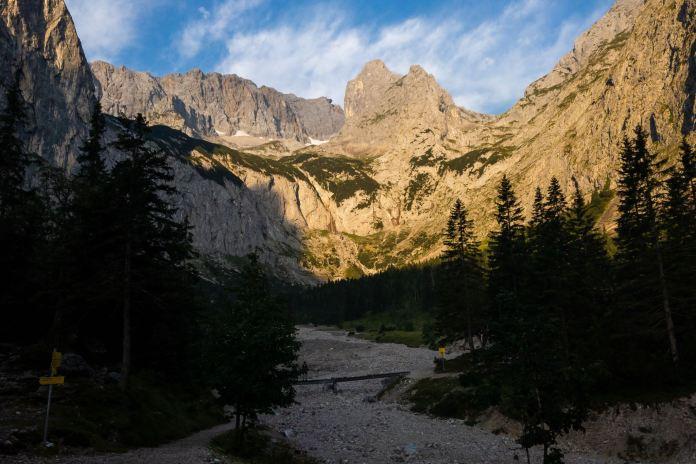 Projekt 16 Gipfel: Durchs Höllental auf die Zugspitze – Der Weg ist das Ziel