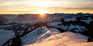 Sonnenuntergang am Brennkopf: Zwischen Firn und Pulver ©Gipfelfieber