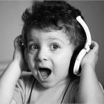 手軽に音楽を楽しみたい人へ~ウエラブルスピーカーを贈ろう!