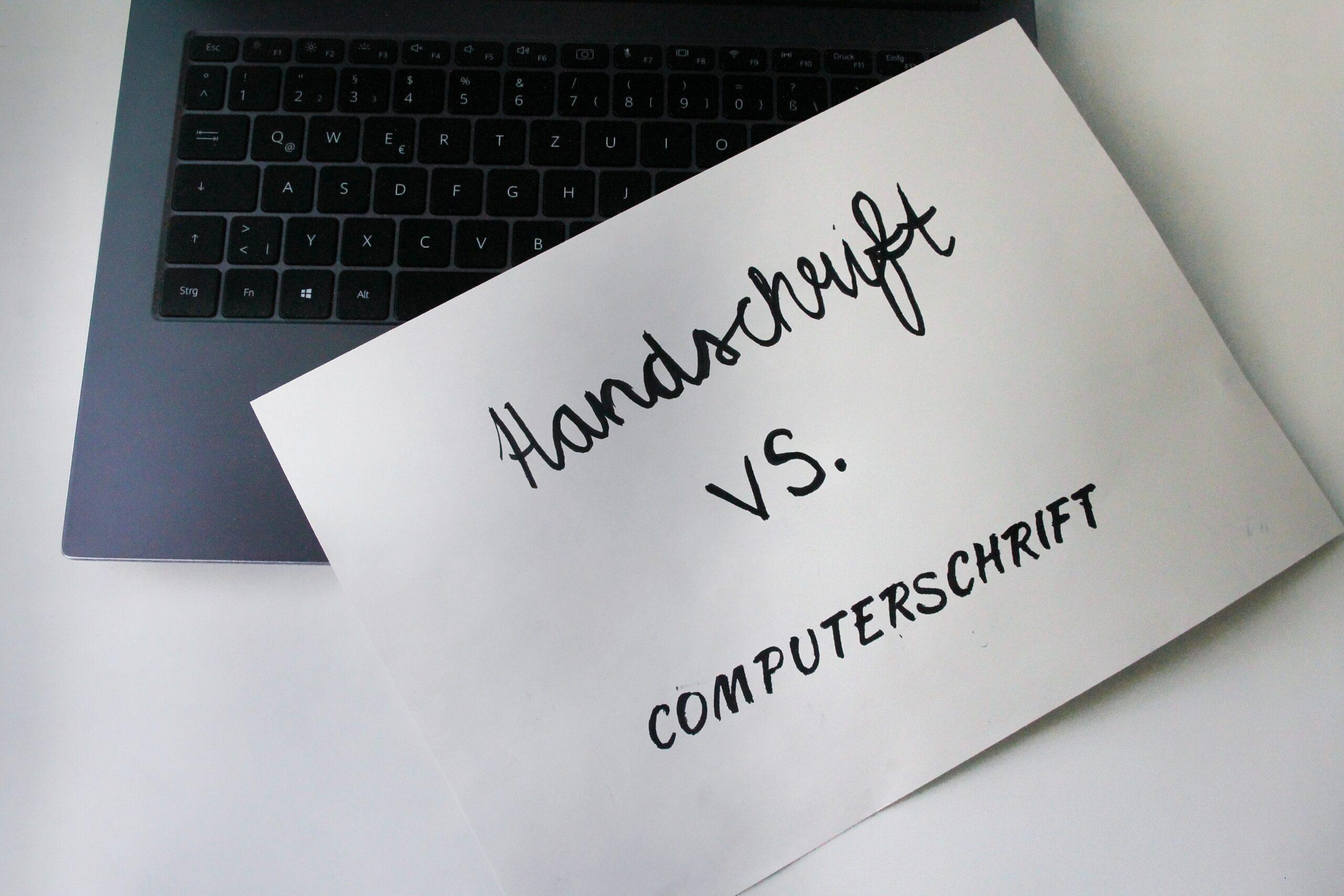 Laptop vs. Stift und Papier
