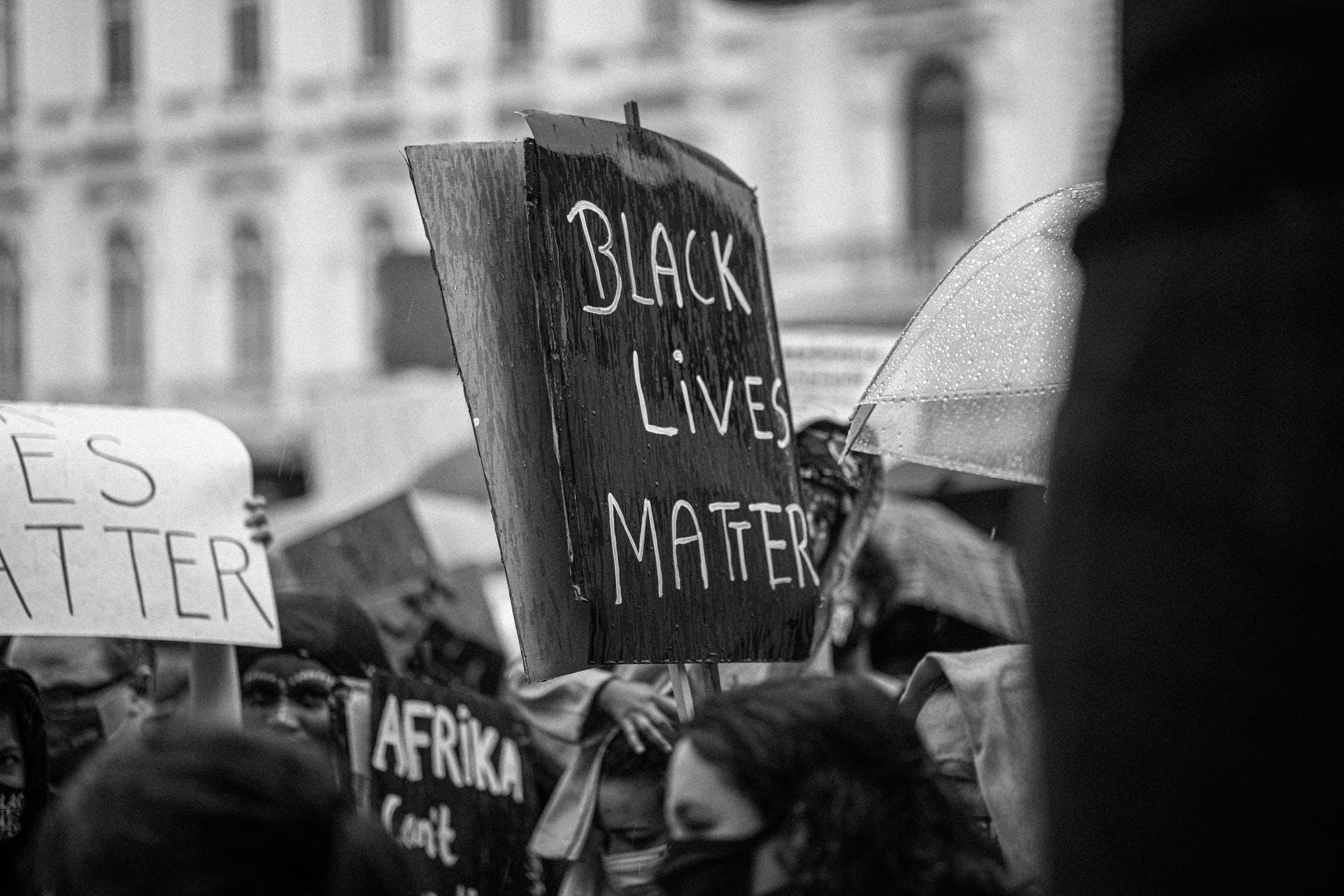 Alicia Garza- Die Mitgründerin von #BLACKLIVESMATTER