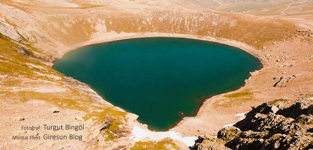 Karagöl Dağları Sağrak Gölü'nden Al Kızı Efsanesi