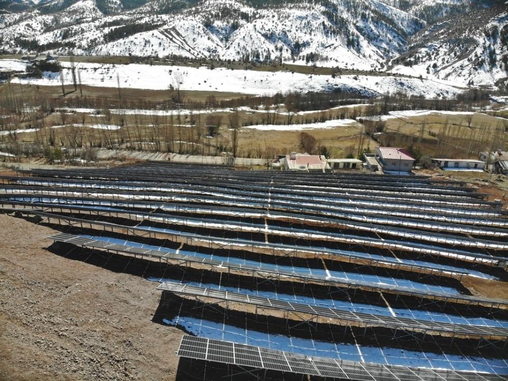 Doğu Karadeniz'in en büyük güneş enerji santrali Giresun'da hizmete girdi