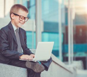 how-to-raise-kid-entrepreneurs-featured.jpg