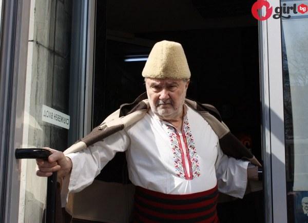 Много тъжно! Вижте как живее днес капитан Петко Войвода!