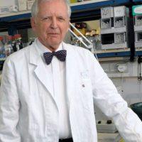 """Немски учен обяви: """"Ако искате ракът да е далеч от вас и вашите близки - не яжте тези две храни"""""""